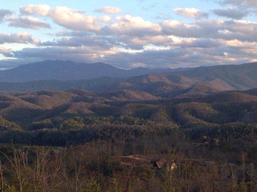 The Smoky Mountains are a site to see all year round!