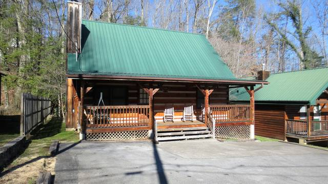 log cabin in gatlinburg